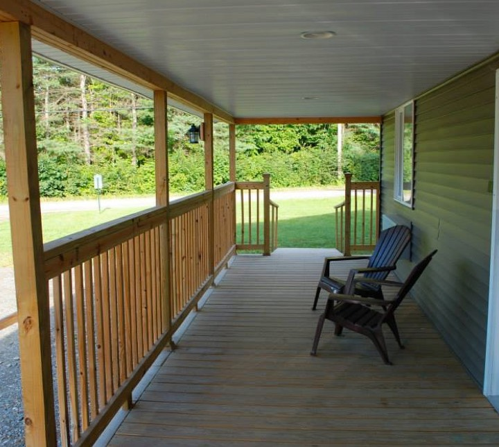 Cabin Porch in Abbot Main